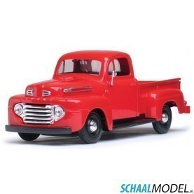 Ford F-1 Pick Up 1948 1:24 Rood
