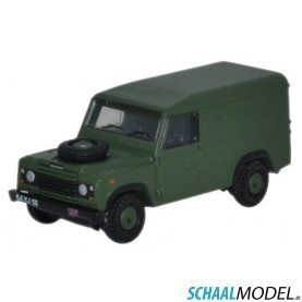 Land Rover Defender 110 Hard Top British Army 1:148 Groen