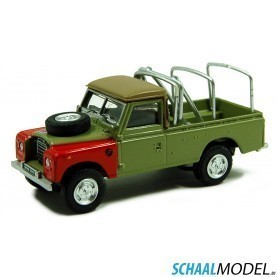 Land Rover Serie Iii 109 Pick Up With Racks 1:72 Groen
