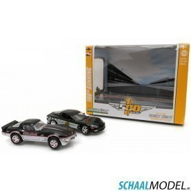Chevrolet Camaro 1978+2008 Indy 500 Pace Car Set 1:64 Zwart