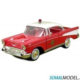 "Chevrolet Bel Air ""fire Chief"" 1957 1:24 Rood"